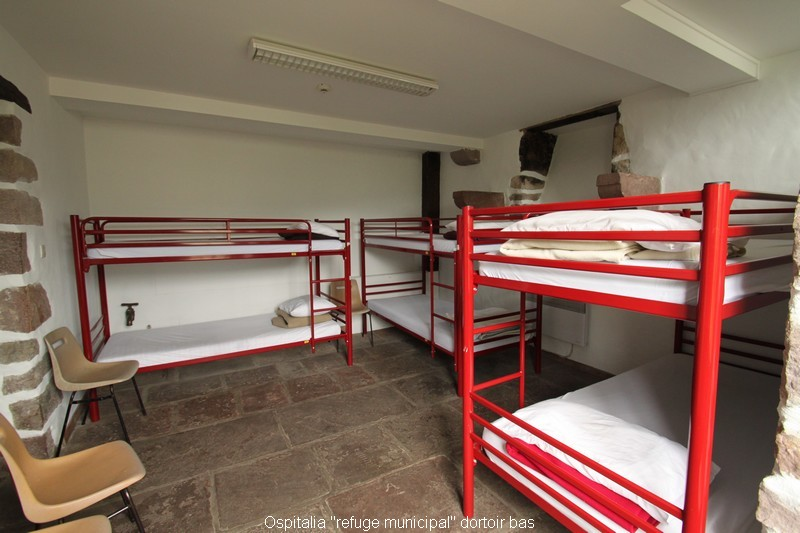 10-ospitalia-refuge-municipal-dortoir-bas